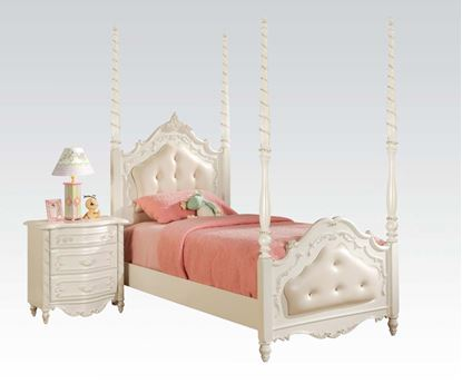 Picture of Pearl White Poster Twin Bed With Leather Headboard
